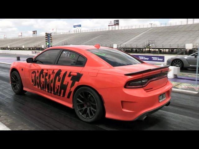 Dodge Hellcat vs GTR - YouTube