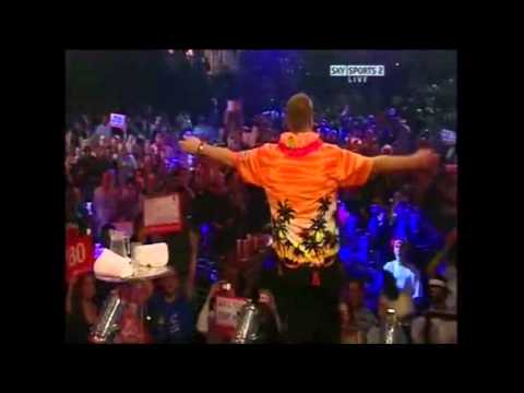 Wayne Mardle famous walk on 2008