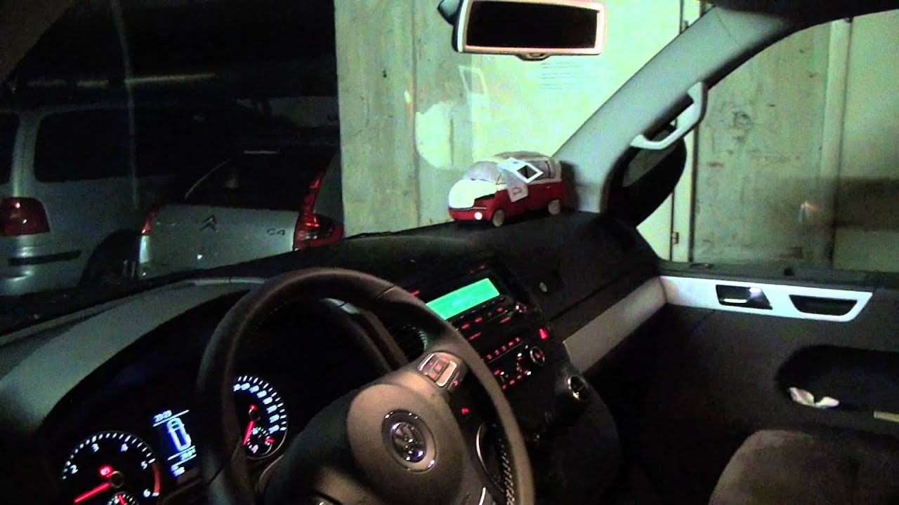 VW T5 Multivan Match 2012 - YouTube