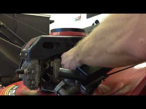 HOW TO Remove the Carburetor on a Tecumseh Lawn Mower Engine