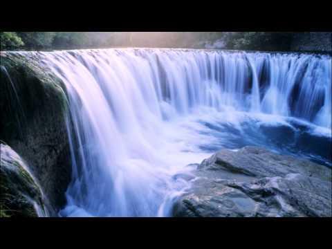 Iartă-mă - Adi Gliga (cu Versuri) video