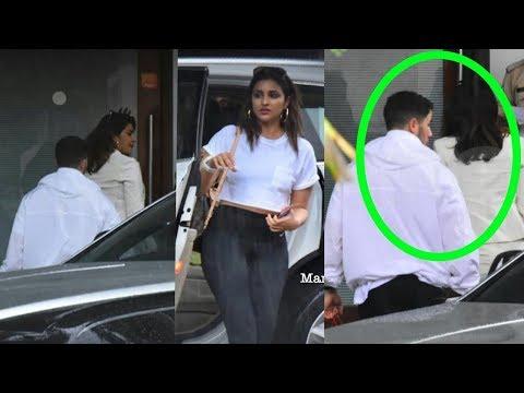 PRIYANKA CHOPRA going to Goa with bf Nick Jonas and cousin Parineeti Chopra thumbnail