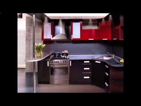 интерьер_кухни:_дизайн_угловой_кухни_с_холодильником