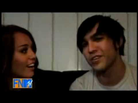 FNMTV - Pete Wentz with Miley Cyrus [HD]
