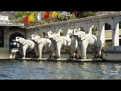 Indien India Jagmandir Island Palace Hotel Lake Pichola See Udaipur Rajasthan Indien Jagmandir Ghat