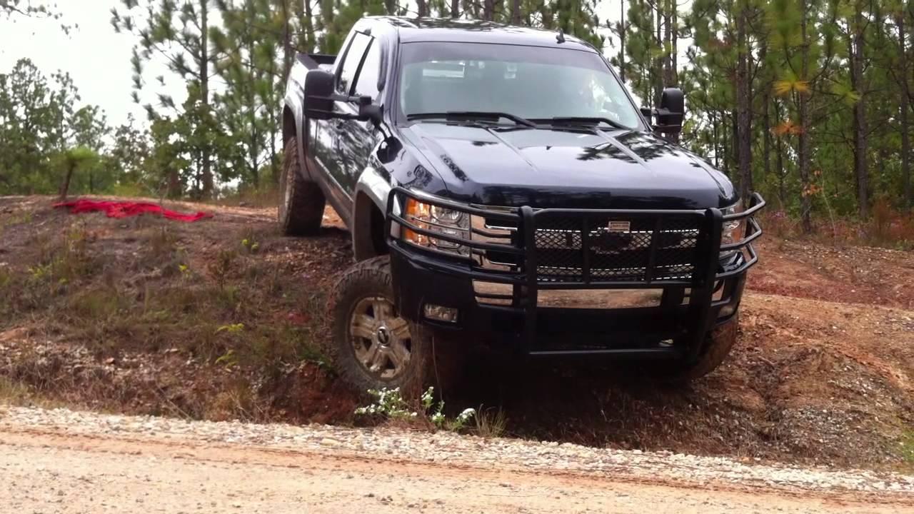 Ford F150 Vs Chevy Silverado >> 07 Silverado Nitto Trail Grapps - YouTube
