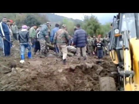Hindistan'da heyelan: 16 ölü