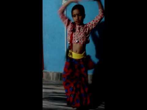 Kammar mathi patuki dance by diya Khanal.......from nepal