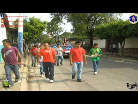 Desfile Bufo 4 de Junio 2011- I.N.J.I Santiago Nonualco