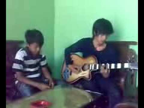Laonis-ayah mp3