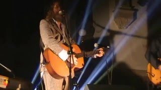 Watch Hothouse Flowers Seoladh Na Ngamhna video