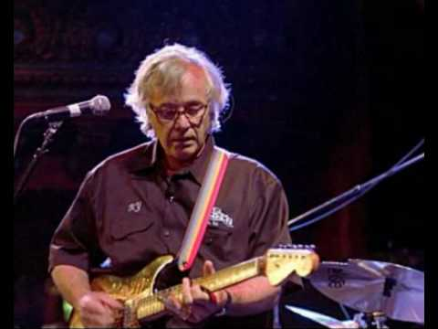 Ry Cooder - Crazy About An Automobile Live