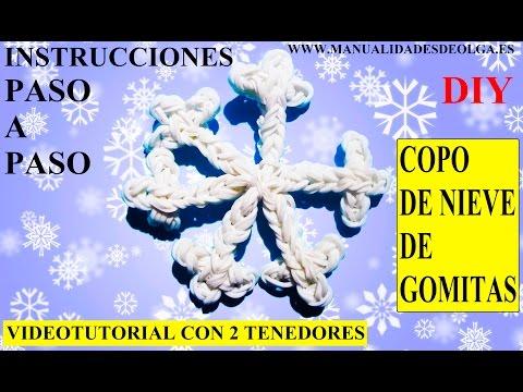 COMO HACER UN COPO DE NIEVE DE GOMITAS (LIGAS) CHARMS CON DOS TENEDORES. VIDEOTUTORIAL DIY.