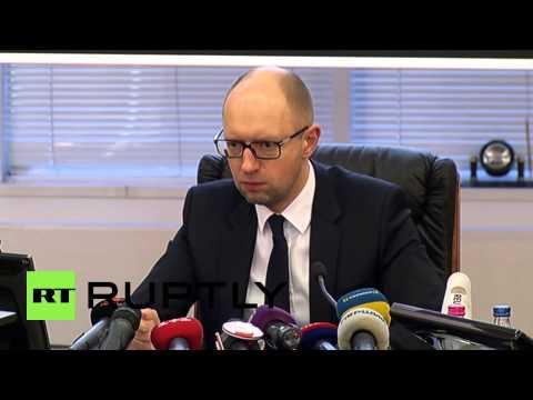 Ukraine: Yatsenyuk calls Mariupol strikes 'terrorist attack'
