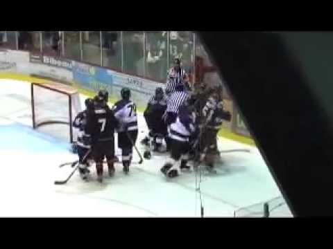 hockey fight general sorel vs Saint Hyacinthe 2006 2007