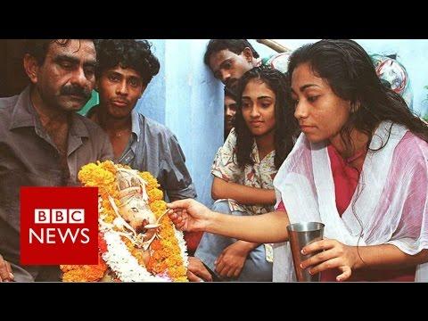 21 September dalam Sejarah: New Delhi Disesaki Umat Hindu Gara-gara Patung Ganesa Menyeruput Susu