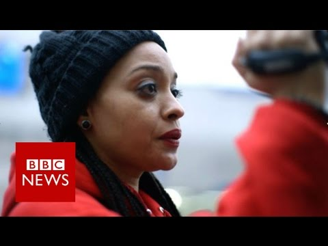 Capturing the New York police on camera - BBC News