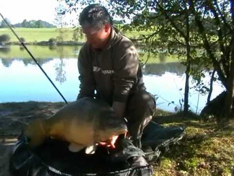 Carp Fishing at Mayflower Lake