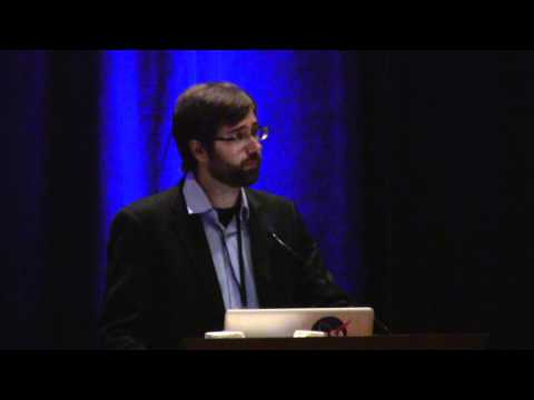 Gavin Mcintyre of Ecovative Design at R4 (vid 2 of 3)