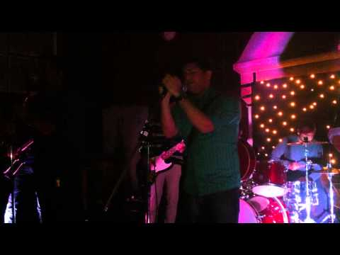 Alo by Tahsan cover LIVE - ৬ no. bus