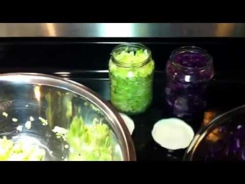 Jak se dělá domácí kysané zelí