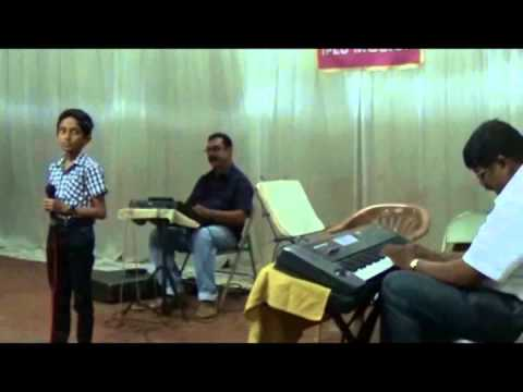 Gokulgiri Singing Chandanathil Kadanjeduthoru Sundaree Shilpam.. video
