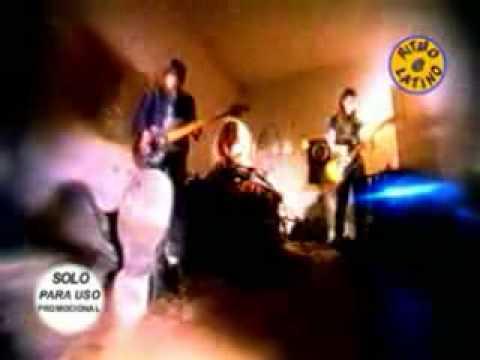 Christina y Los Subterráneos - La Corbata De Mi Tío
