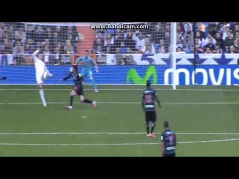 Cristiano Ronaldo Amazing Bicycle & Roberto Fernandez Amazing Save (Real Madrid Vs Granada CF) Cristiano Ronaldo Amazing Bicycle & Roberto Fernandez Amazing Save (Real Madrid Vs Granada CF)...