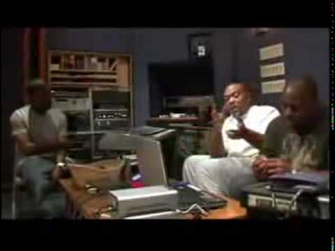 Kanye west timbaland in the studio working on stonger for Kanye west studio