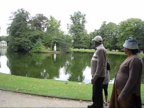 Lake Oval Diana S Tomb Althorp Uk Youtube
