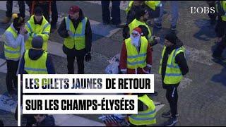 """Les """"gilets jaunes"""" font leur retour sur les Champs-Elysées"""