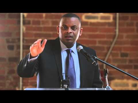 Transporation Secretary Anthony Foxx promotes Grow America Tour in Durham