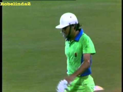 Imran Khan PISSED OFF with Javed Miandad