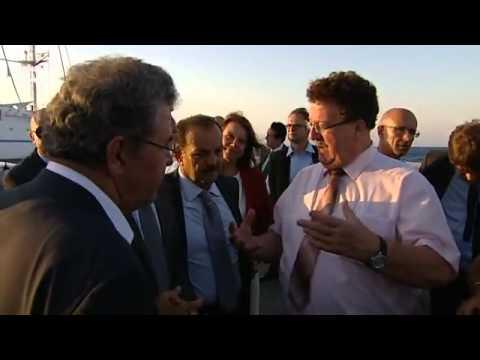 Schwieriger Besuch - Staatssekretär Fuchtel in Griechenland | Politik direkt