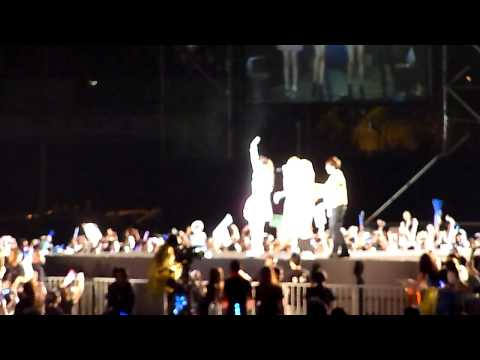 120311 MOA  MissA,B1A4,F(x),Super Junior Thanks to Fans