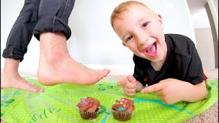 Father & Son PLAY DON'T STEP IN CUPCAKES! / Avoid The Icing!