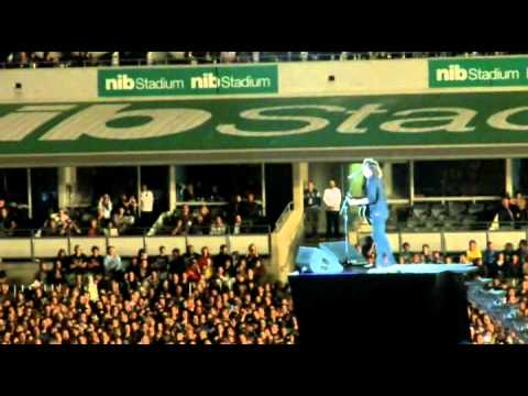 Foo's- Wheels (shitty seats), Best Of You, Times Like These (half) (NIB Stadium, Perth, 28/11/11)