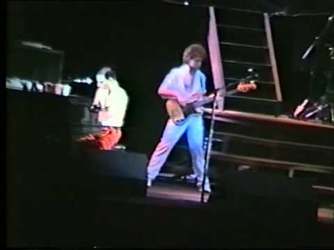 Queen-Somebody To Love- Killer Queen Live In Sydney 1985