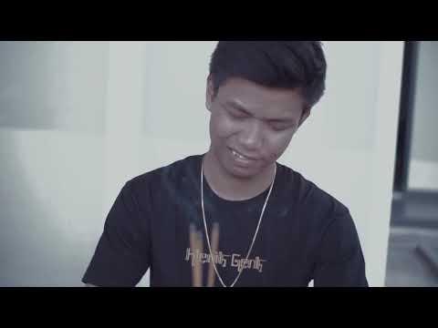 Download KLENIK GENK - MANUT DALANE ft. NDARBOY GENK (Official Video) Mp4 baru