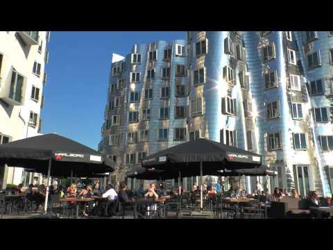 Endlich Sommer in der Stadt (Medienhafen Düsseldorf HD)
