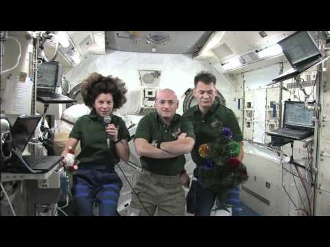Thumb Christmas Greeting from Space (ISS Crew)