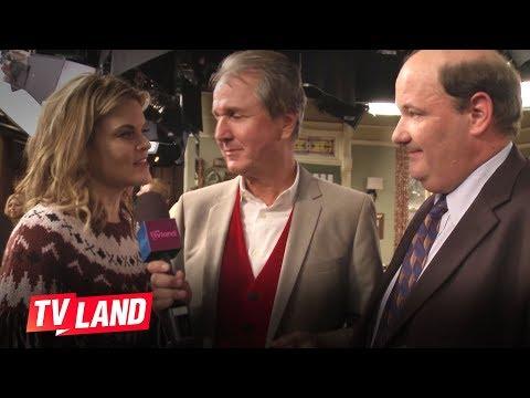 Hot in Cleveland: Missi Pyle and Brian Baumgartner Guest Star