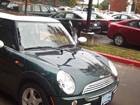 2003 Mini Cooper **5-Speed, Dark Green, Leather, Sun Roof, CLEAN**