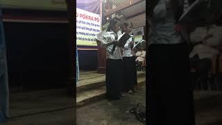 Hai thiếu Nhi hát ngợi khen chúa - Plei Lao TT Nhơn Hoà Gia Lai