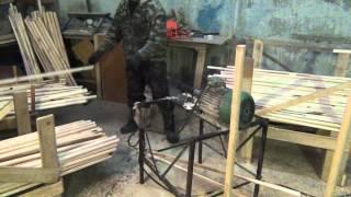 Изготовление черенков для лопат и метел