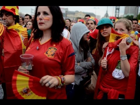Football fans hit Euro 2012 fanzones in Poland and Ukraine