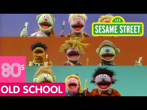 Sesame Street - Kids Just Love To Brush