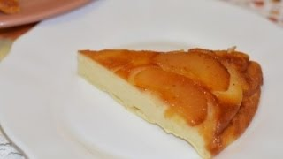Творожно-яблочная запеканка. Творожная запеканка с яблоками. Запеканка с творогом и яблоками.