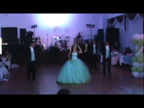 vals de quince Ashley Miranda(corazon de niño)beautiful♥