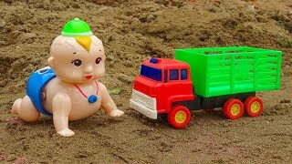 Baby doll hanging out with friends cars - H917V baby toys Baby Fish
